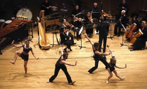 Guests Verb Ballets performs with the Cleveland Chamber Symphony